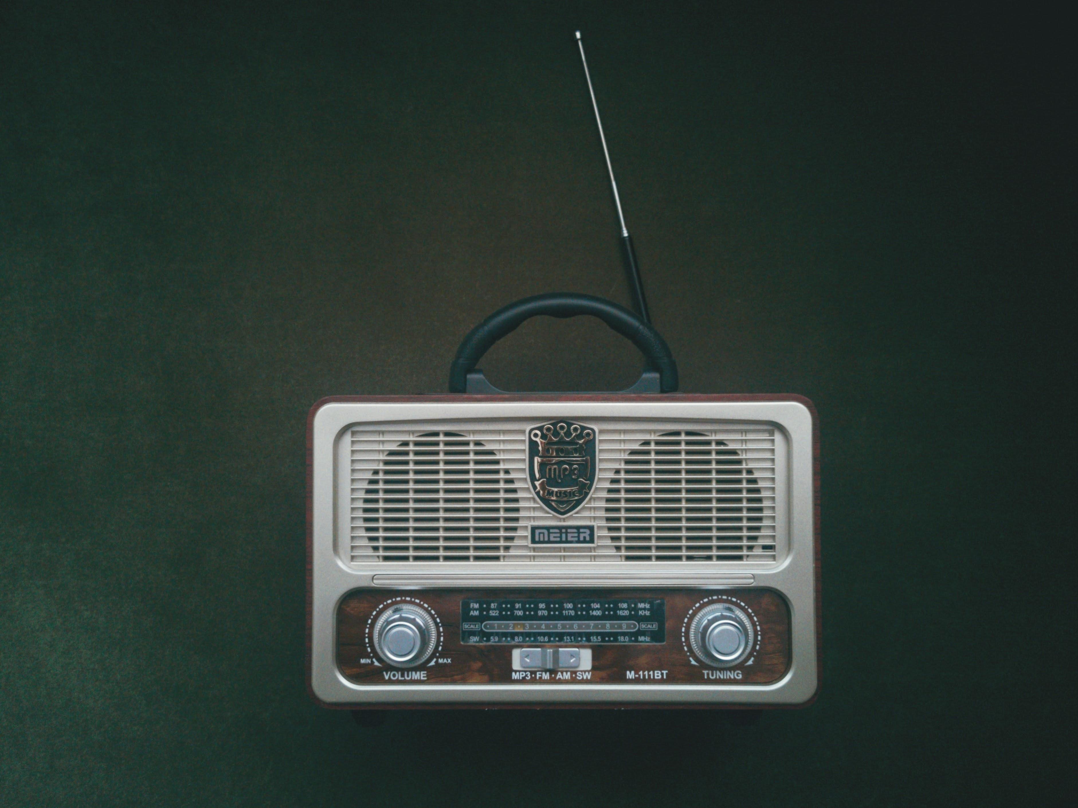 E58   你腦海中那台收音機,重複唱著難聽的歌,你該怎麼辦?
