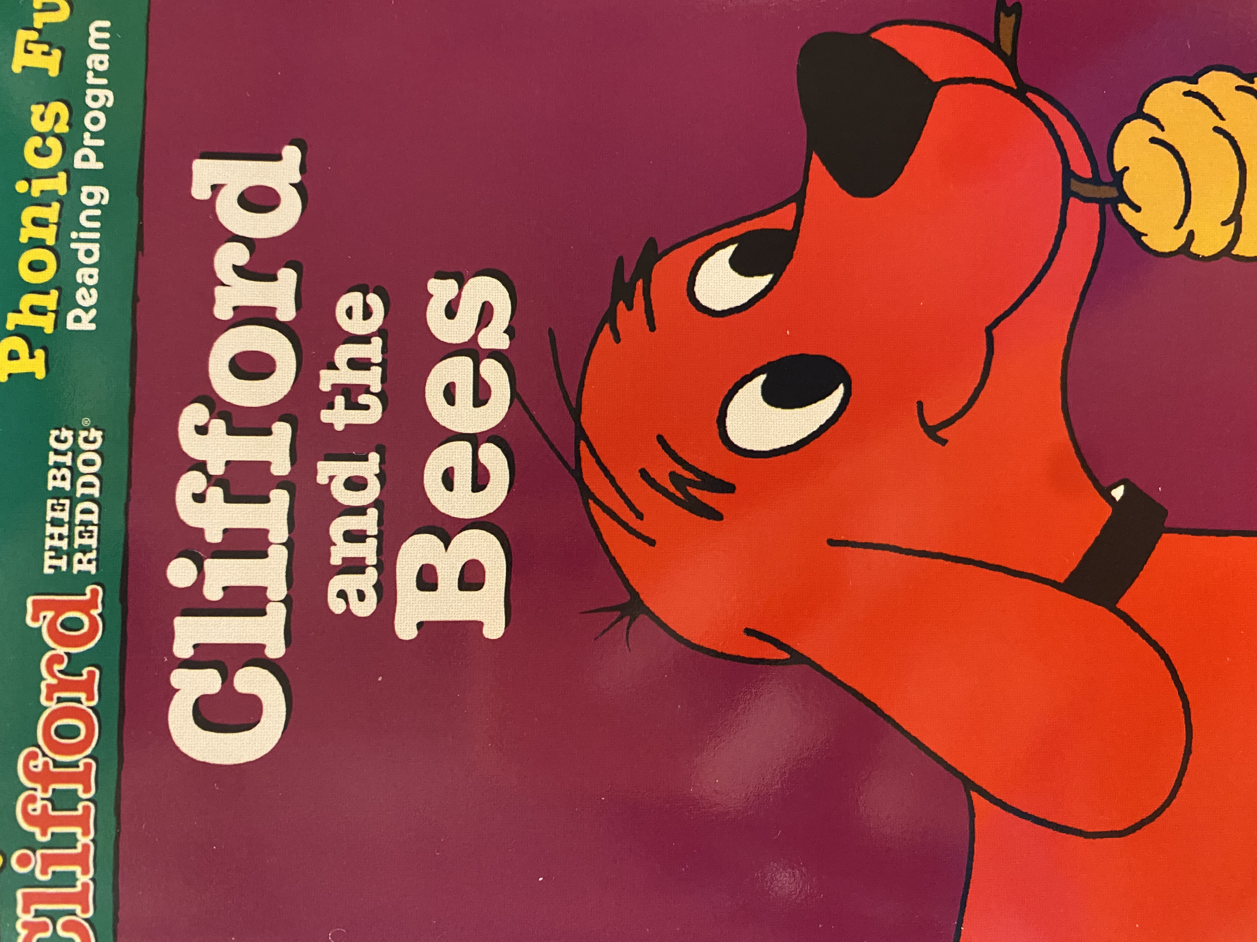 S2-283/ Clifford and the bees/ Clifford the big red dog/ pack 3