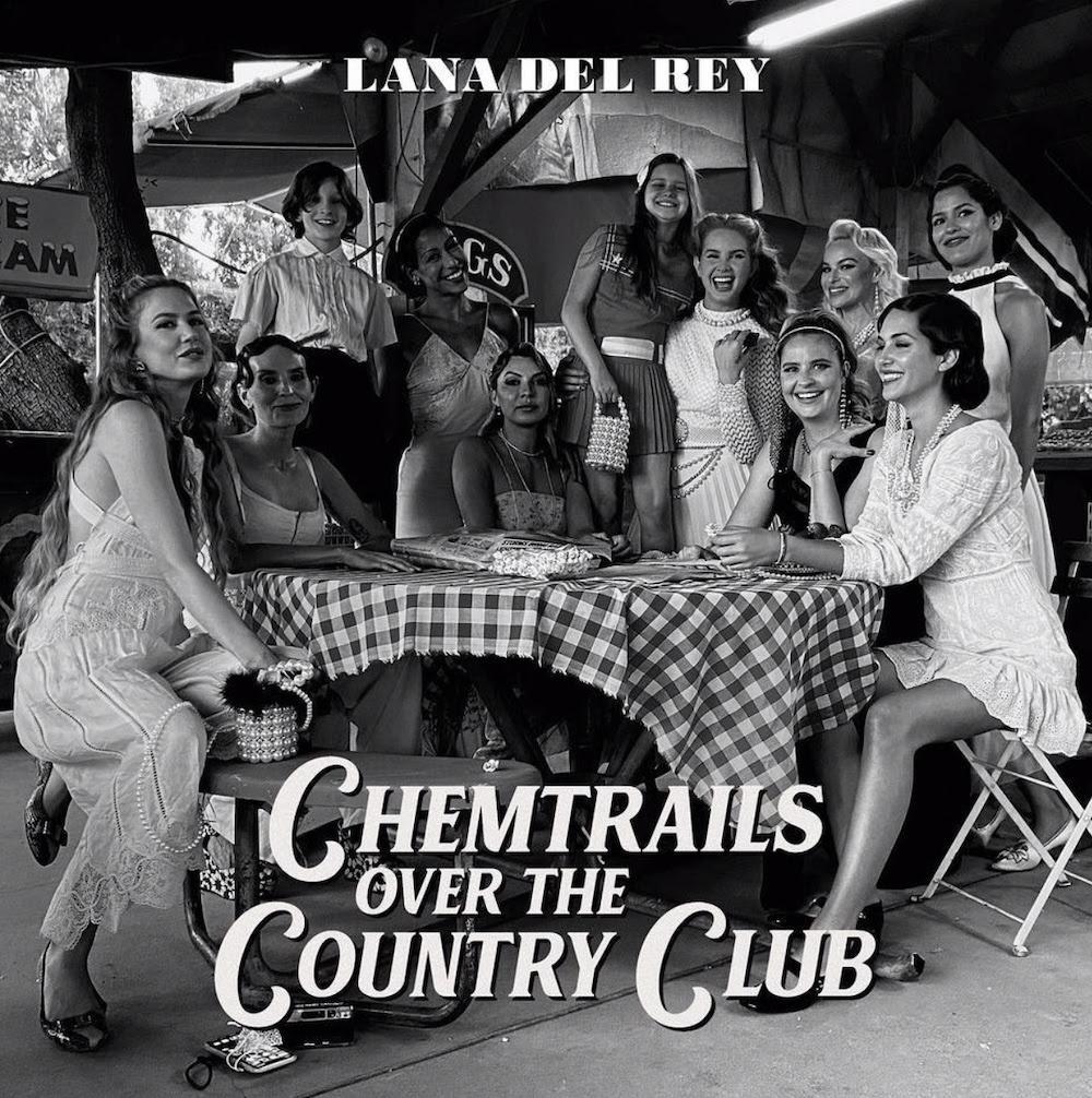 【樂評】在鄉村路上探索自我的本性,Lana Del Rey 《Chemtrails Over The Country Club》回首過去,嘗試在變與不變間找到心中的堅持