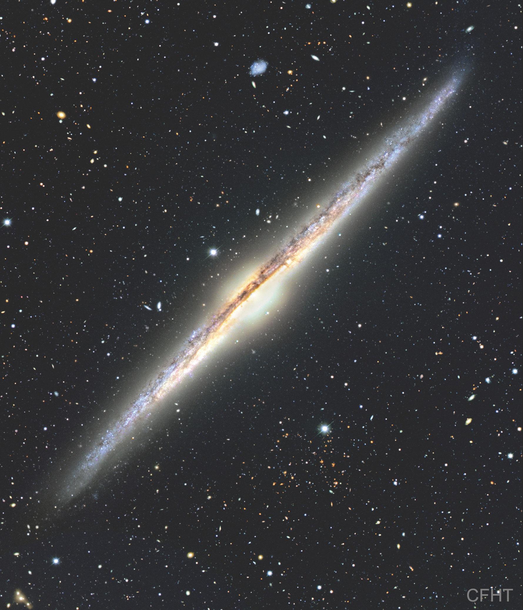 NGC 4565: 坦敧身 ê 星系 ft. 阿錕 (20210517)