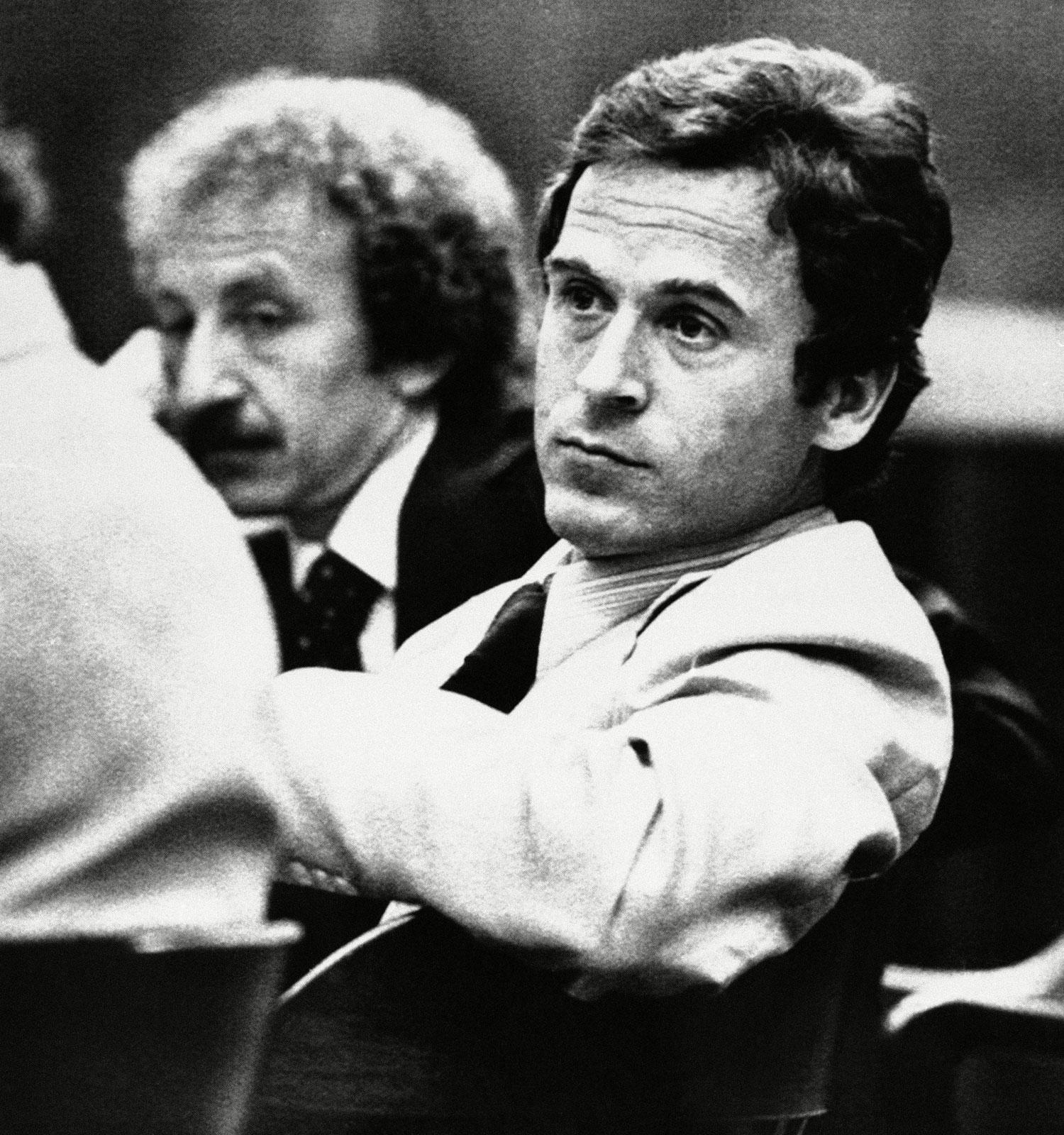 第二十二下半夜 迷人的連續殺人魔 Ted Bundy