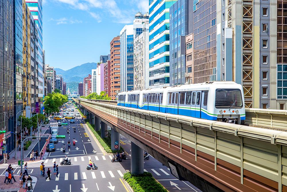 【一天10分鐘  英語說得通】關於台北的交通!Transportation in Taipei.